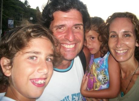 Family in one of the exchanges (Ilhabela - Brazil) 2012