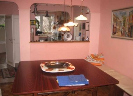 view dinig room to kitchen vienna flat