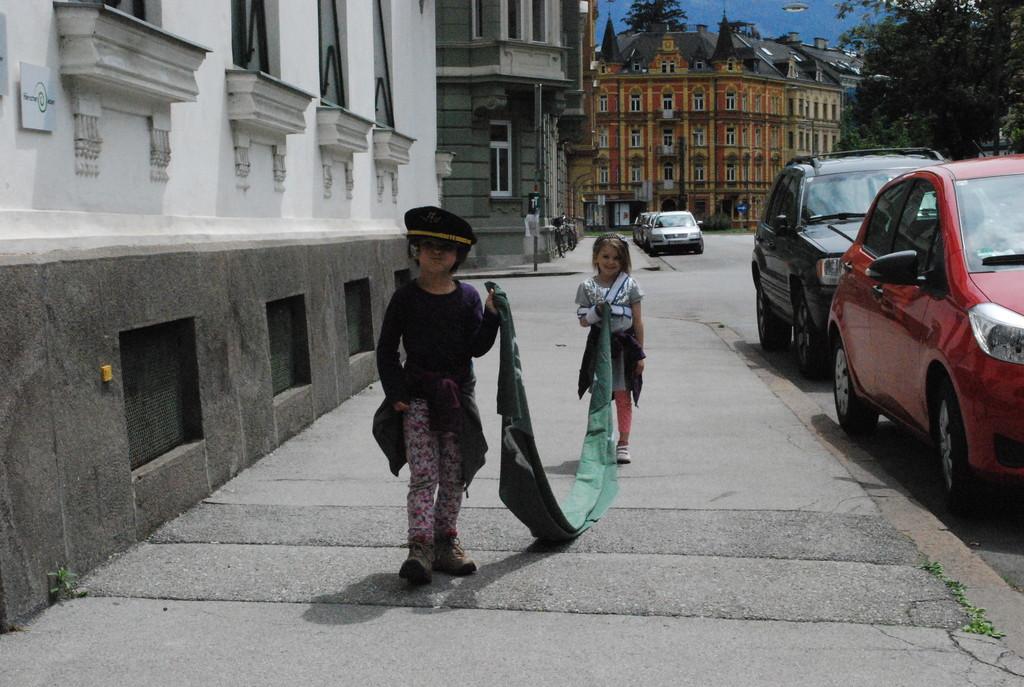 In unserer Straße..