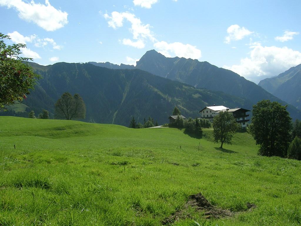 Steinerkogel mit Blick auf den Tristner ca. 2700m