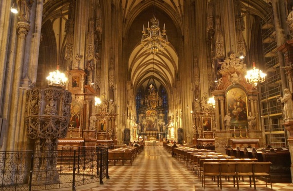 St. Stephen´s Cathedral inside, Vienna