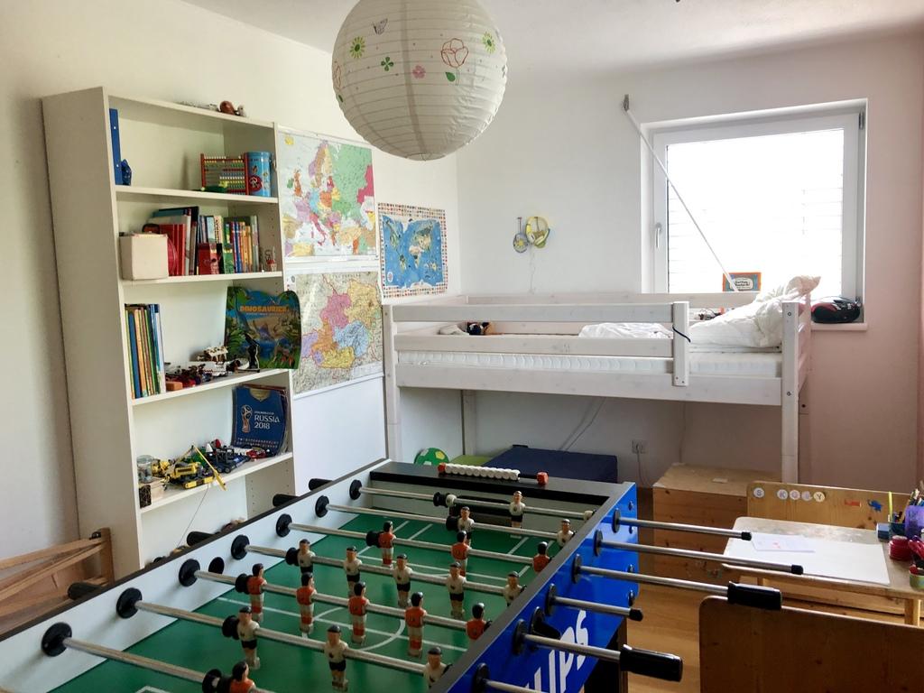 children's room (2) upper floor