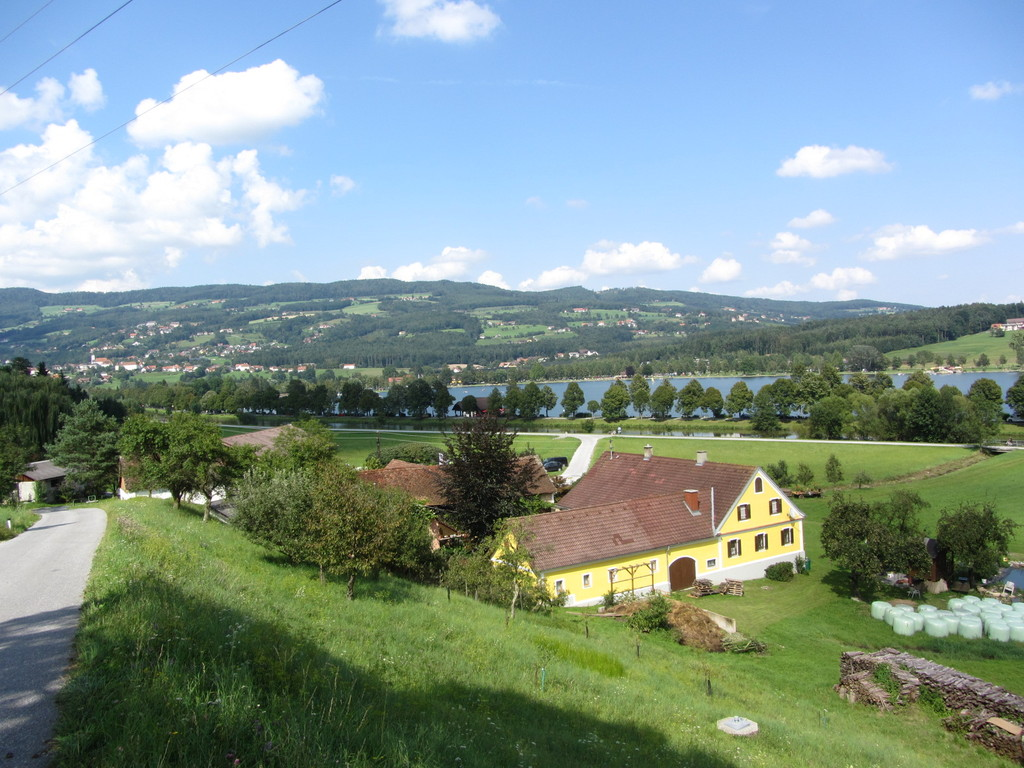 Stubenberg and the lake of Stubenberg, 10 minutes away by car