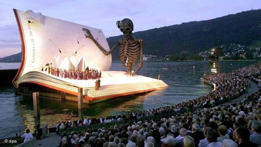 "The Operafestival ""Bregenzer Festspiele"": This year they play ""Rigoletto"" from Giuseppe Verdi on the Stage on the lake."