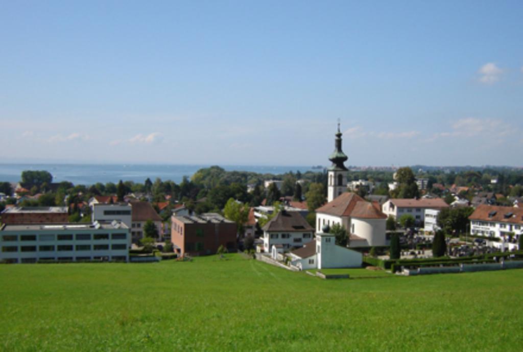 LOCHAU centre; Ortzentrum von Lochau.