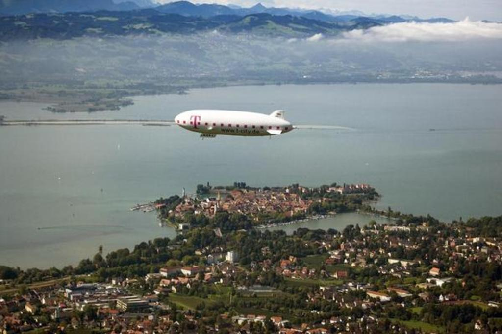 You can reach the island LINDAU in 20 min by bike. And of course you can do a zepelin flight.