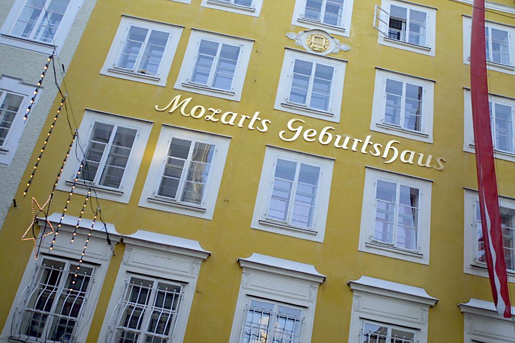 W.A. Mozart was born here, Getreidegasse, Salzburg