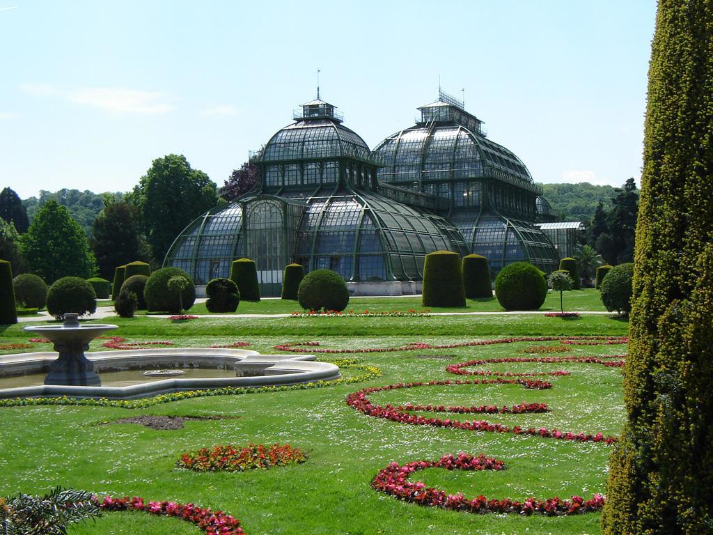 Schönbrunn, Greenhouse