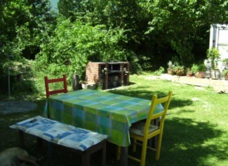 big cosy garden with barbecue