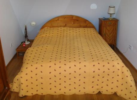 2. Schlafzimmer- Chambre à coucher