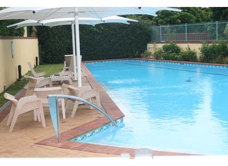 25m private lap pool
