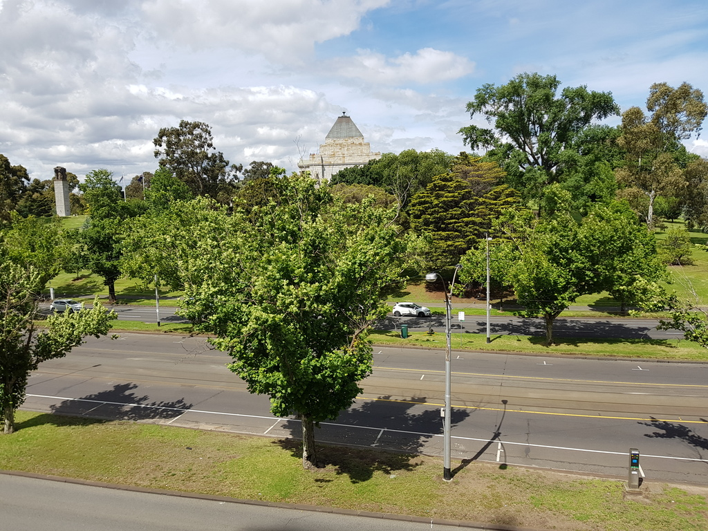 Shrine of Remembrance as seen from both the Lounge and the Master Bedroom