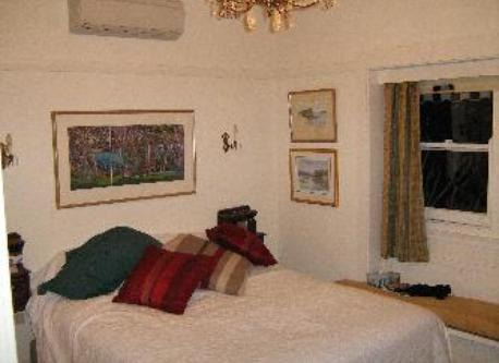Maiin bedroom