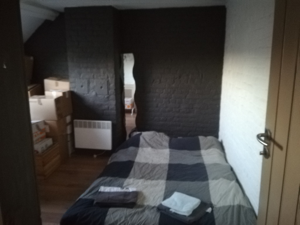 sleeping room  / chambre 3