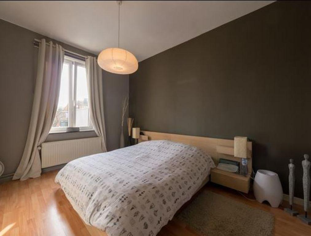 sleepingroom1 /  chambre 1