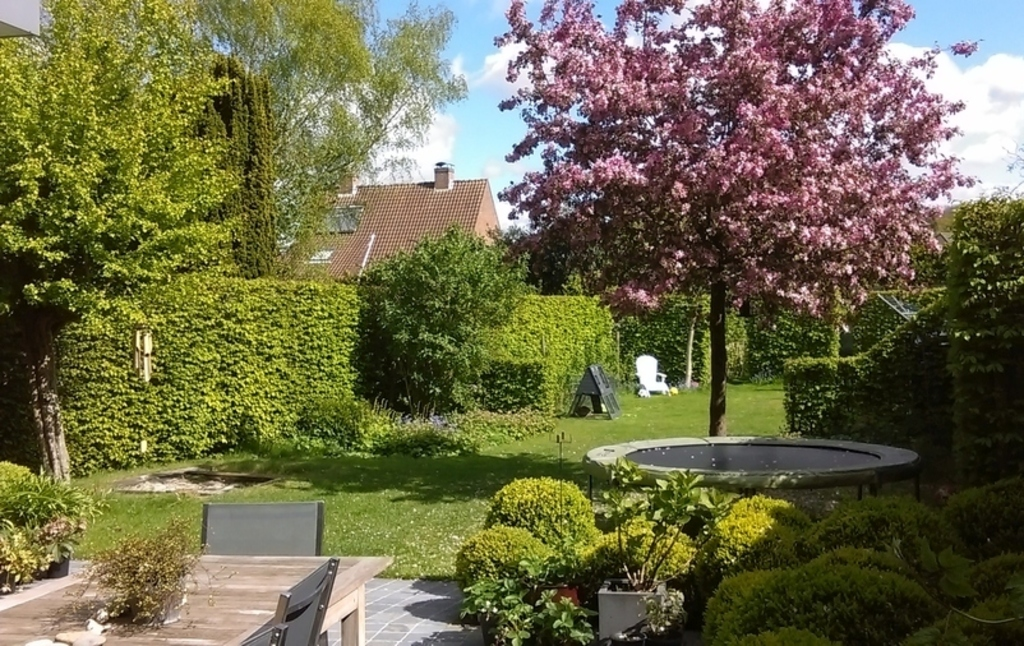 Quiet house with garden close to the historic center of Bruges
