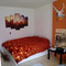 room with queen size double bed (140 cm)