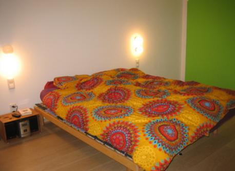 Max´ room with 1 single bed and 1 double bed