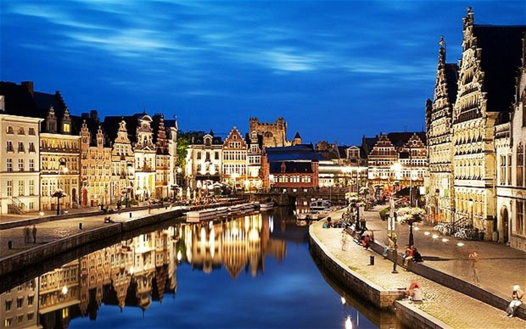 Ghent at night, 40km away