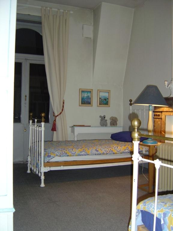Chambre 2 (2eme etage)
