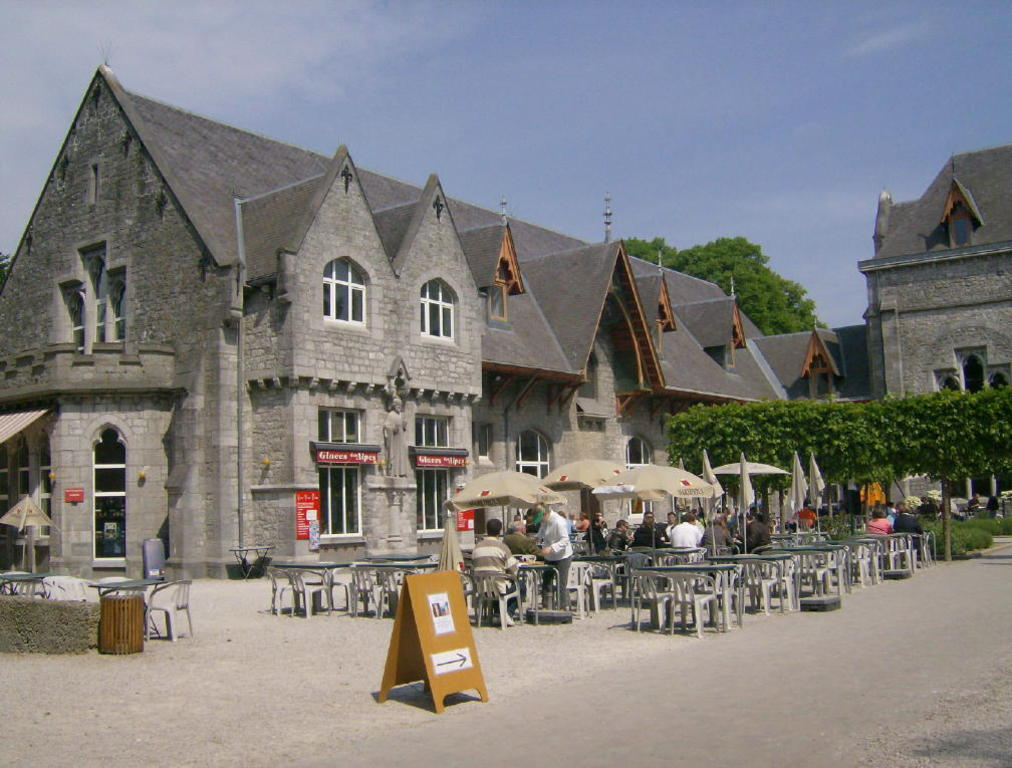 Abbaye de Maredsous.