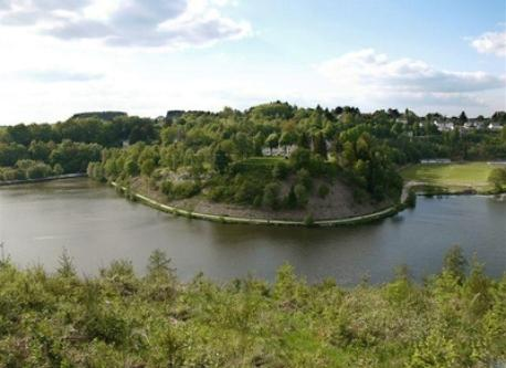 Le lac de Neufchâteau