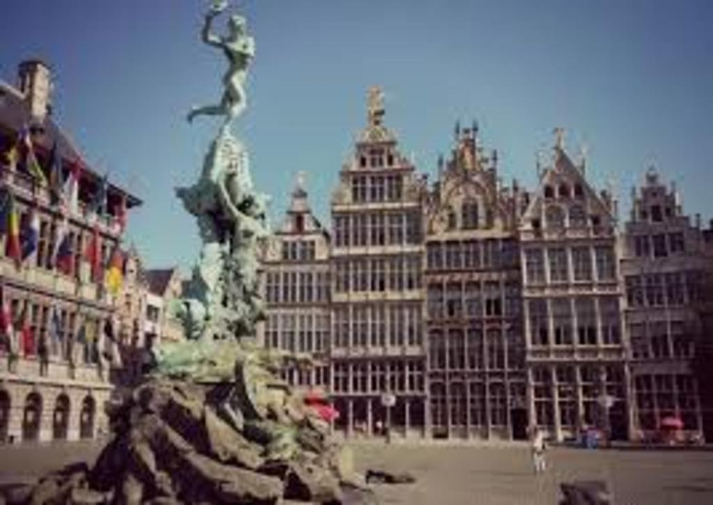 Antwerp, only 30 minutes by car or train