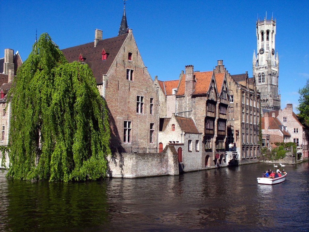 Brugge (Bruges): World heritage village (20 km from our house)