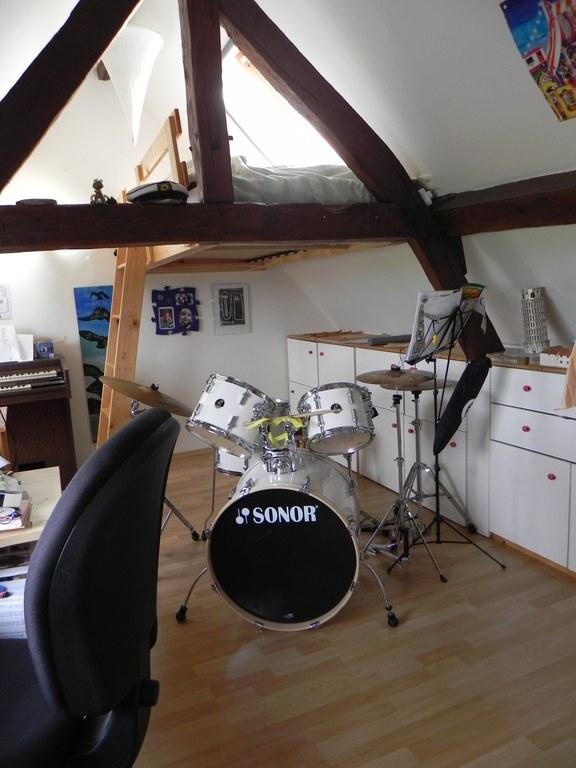 Thomas' bedroom