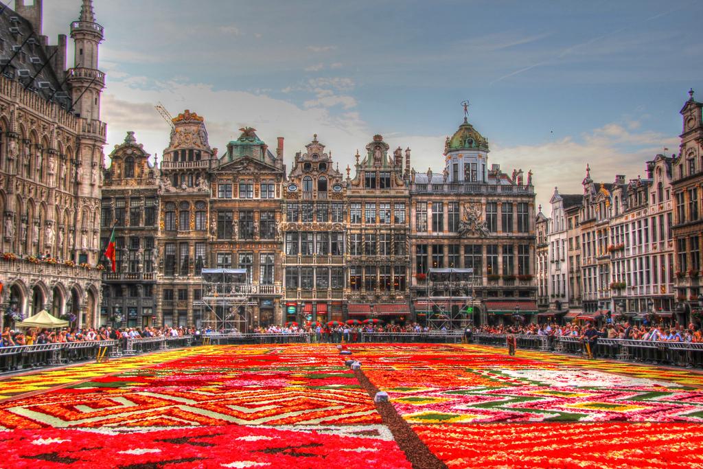 Bruxelles (25 min)
