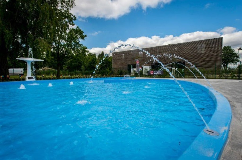 "Swimmingpool ""De Molen"" (1 km)"
