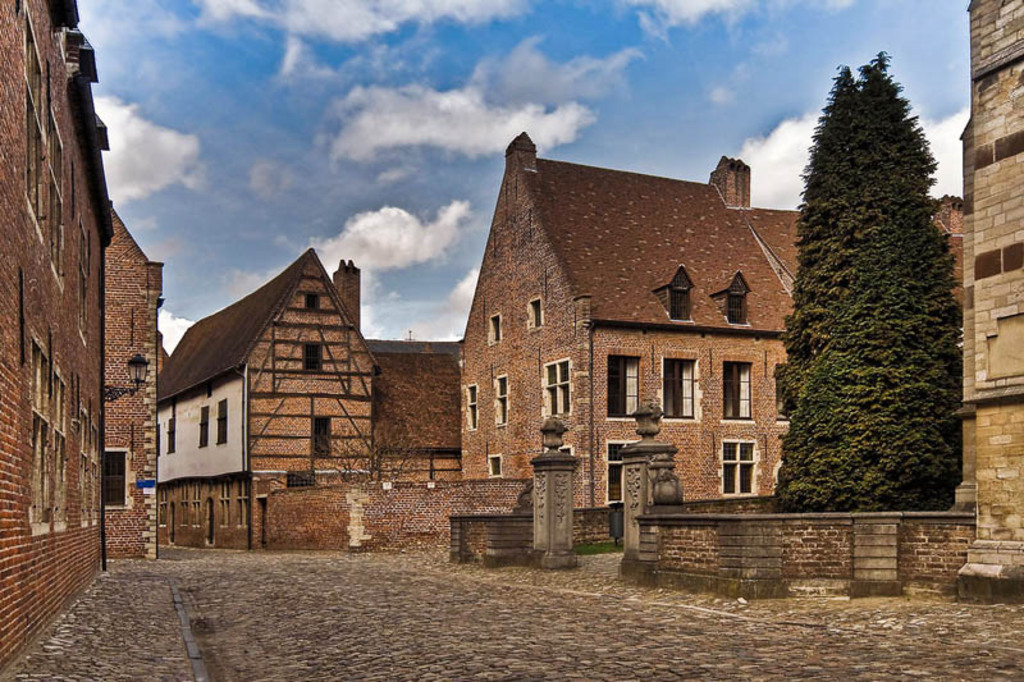 Unesco World Heritage large beguinage Leuven 20 min walk
