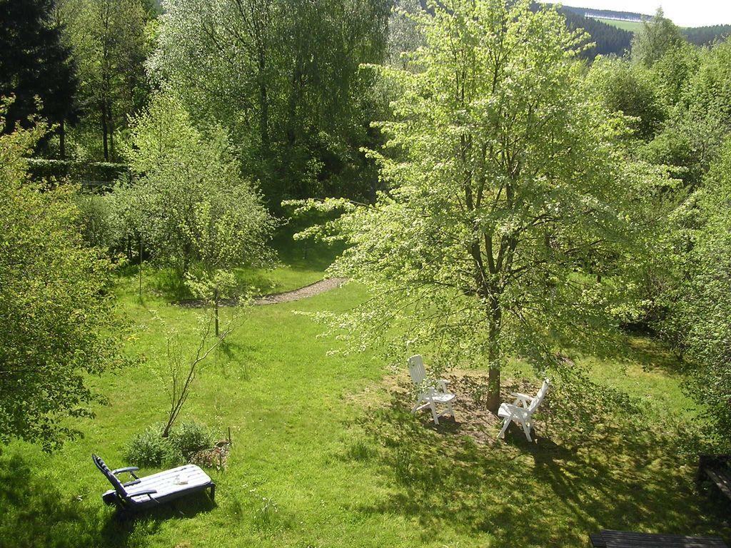 vue du jardin, à partir des chambres à coucher à l'arrière