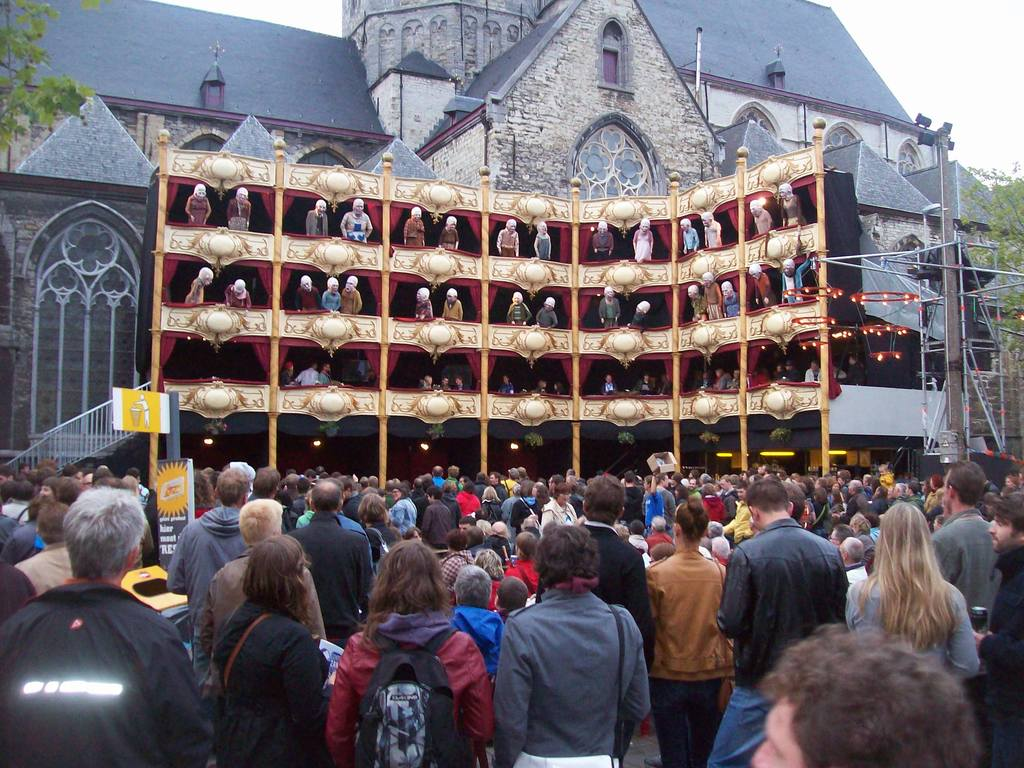 Summer, city festival of Ghent, 10 days of music, theater, dance, etc