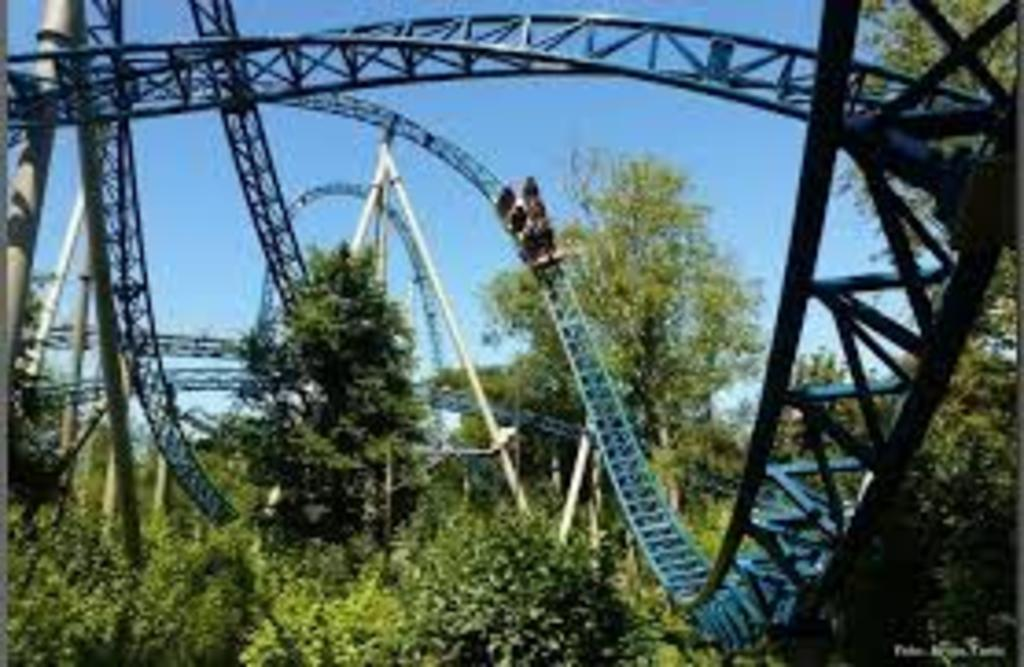 Plopsaland De Panne (1 hour by train) - activity park
