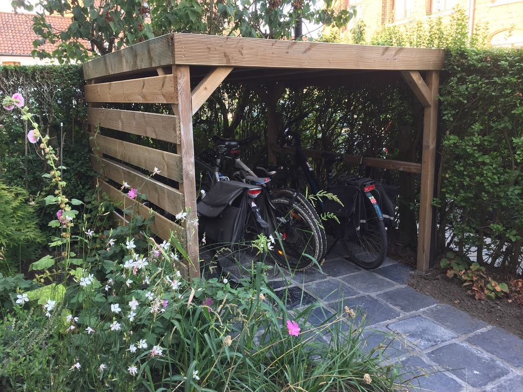 Bike shed in front garden