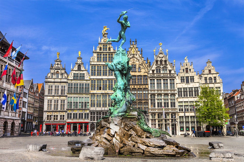 Our favourite Belgian city Antwerpen (Antwerp - Anvers), 90km from our house