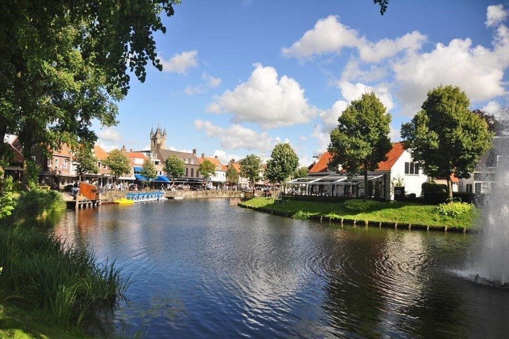 Sluis, in Holland, just across the border, 17km by bike, wonderful bikeride along canals