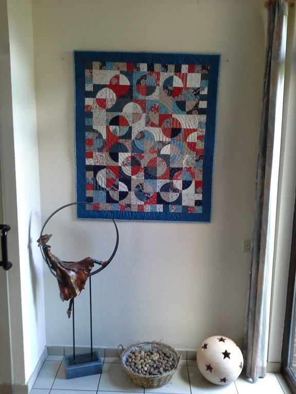 Hall with quilt 'the Universe'