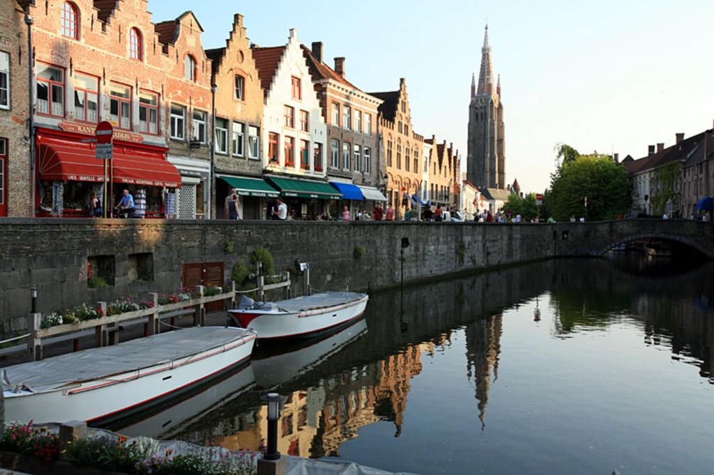 Bruges, canals