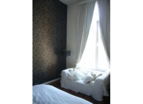 Master bedroom (other side)