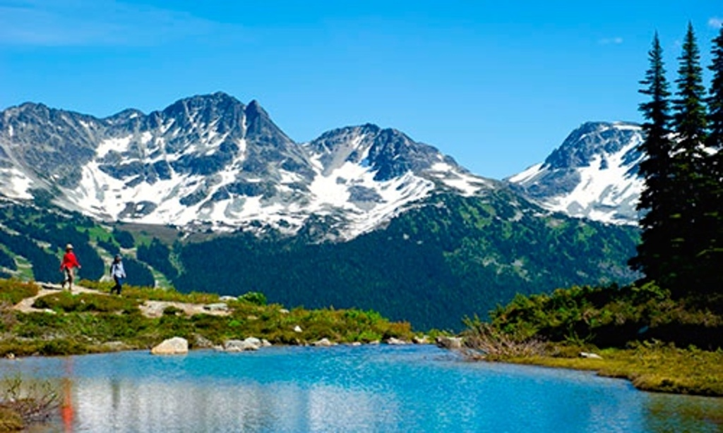 There are lots of summer time activities in Whistler.  Cycling, mountain biking, hiking, golfing, canoeing and zip-trekking.