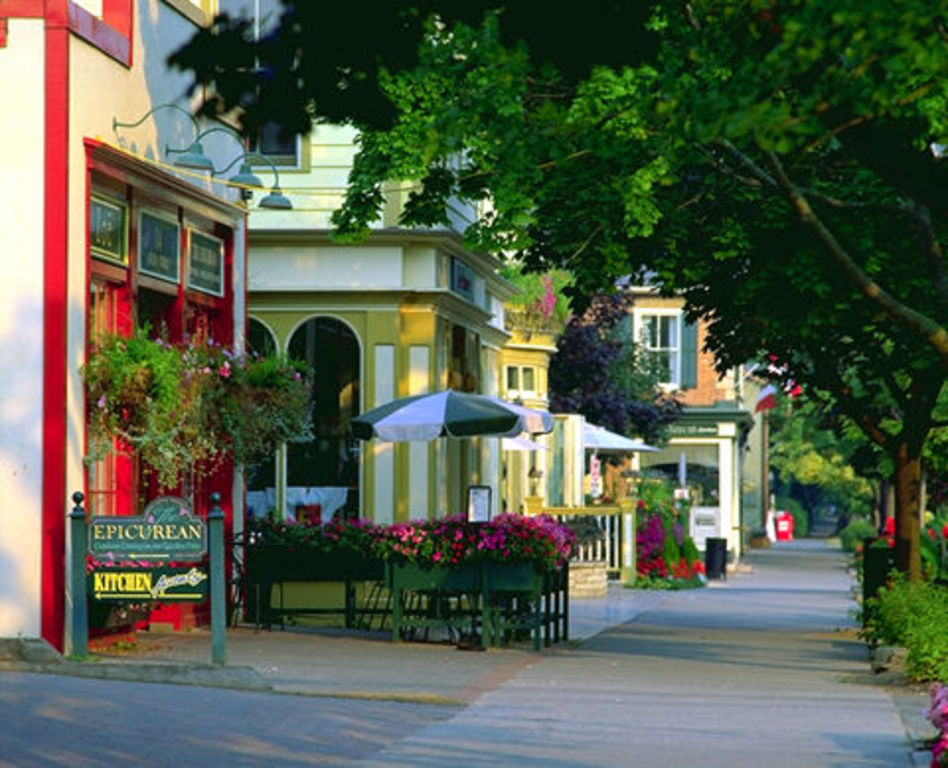 Niagara-on-the-Lake is a small town located nearby to Niagara Falls and the heart of Ontario's wine region.  The falls and Ni...
