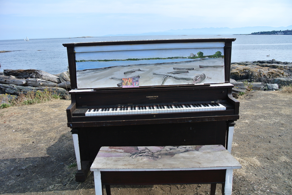 piano on Cattle Point