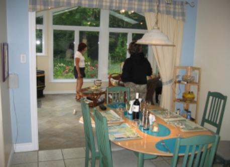 Dinning room/salle à manger.