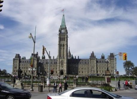 The Canadian Parliament Buildings / Les édifices du Parlement du Canada