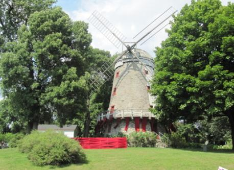 Moulin Fleming, près de la maison