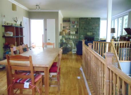 Salle à dîner et salon