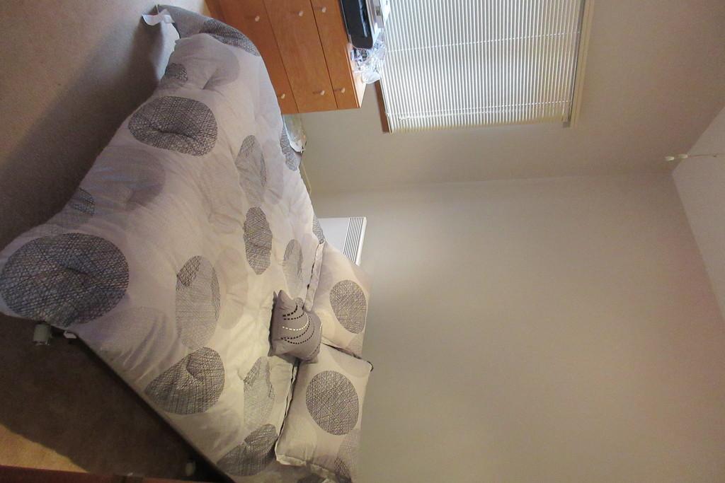 chambre no. 2 lit double
