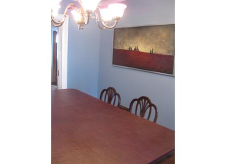 Dining room / salle a manger